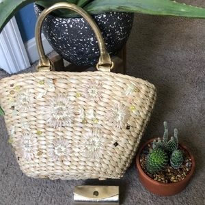 👛NWOT straw purse with bling on the outside👛